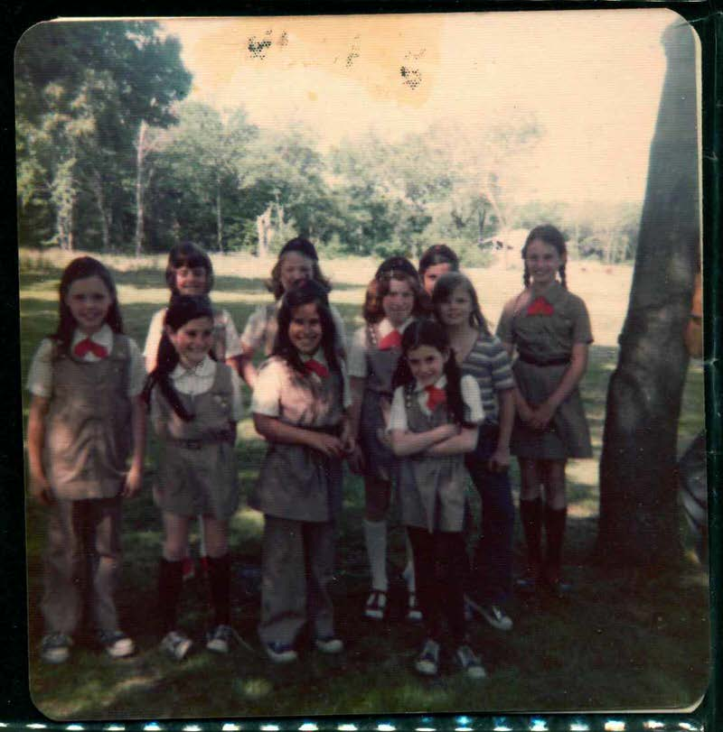 Laura Sapelly's Brownie Troop, 1973-74